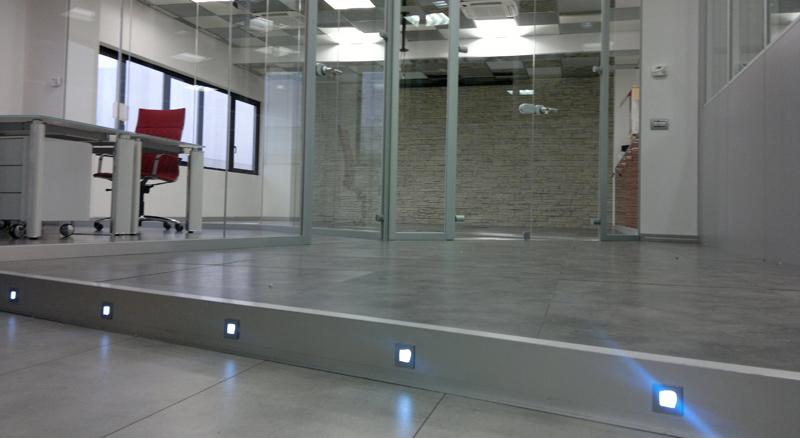 pareti vetrate ufficio produzione e vendita - mainardi sistemi verona - Pareti Vetrate Uffici